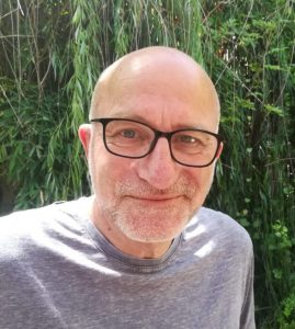 """דב נוימן, מנכ""""ל מולטיפק פלסטיק"""